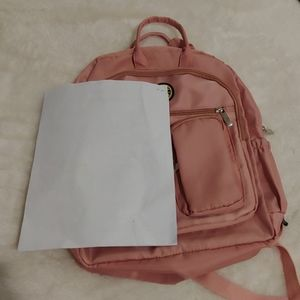 Bags - ☀Adorable rose gold Backpack☀